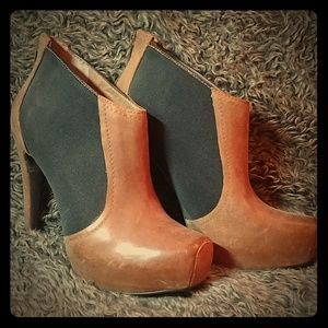 Jessica Simpson Brown/Black Leather Ankle Boots